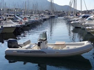 capelli tempest 530 location bateau Marseille